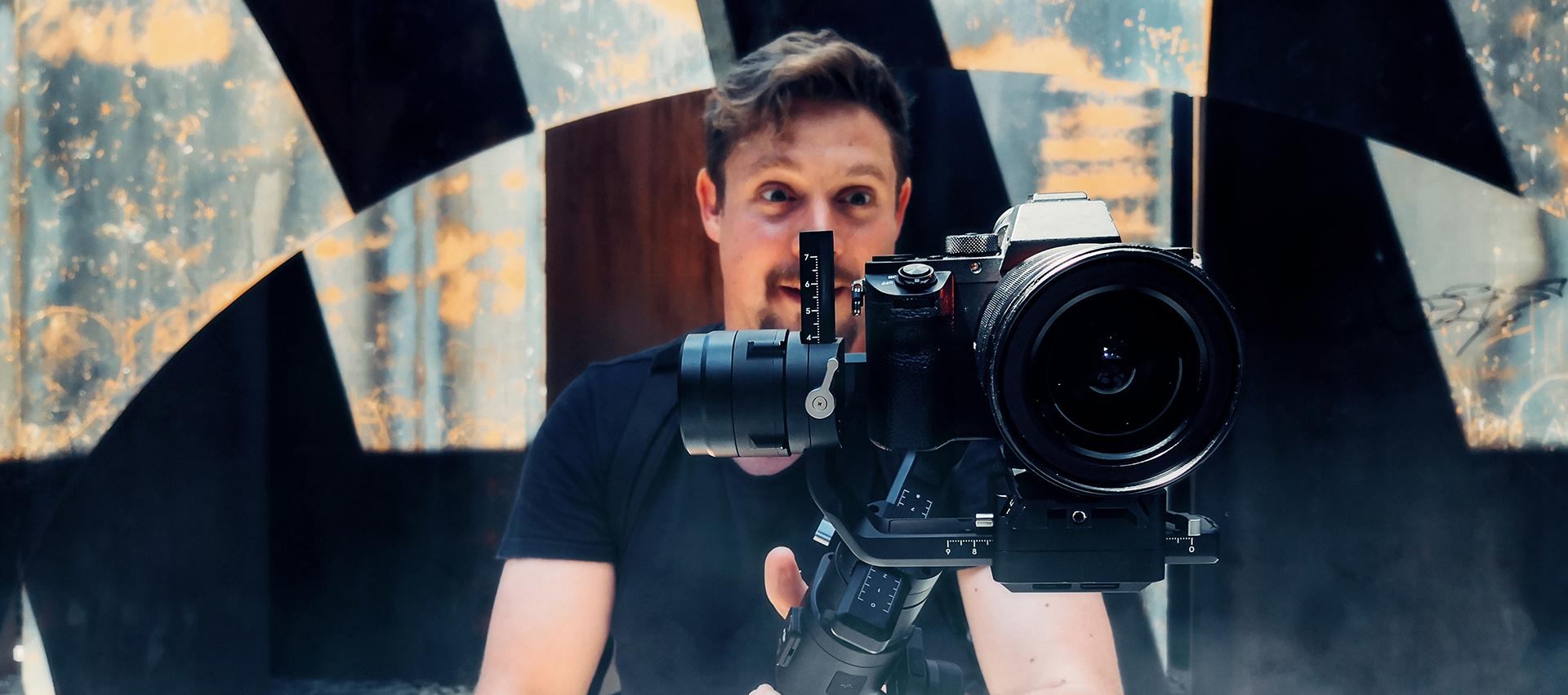JRI (reporter/cameraman-monteur)  (h/f) NL of tweetalig NL/FR || videoproductie